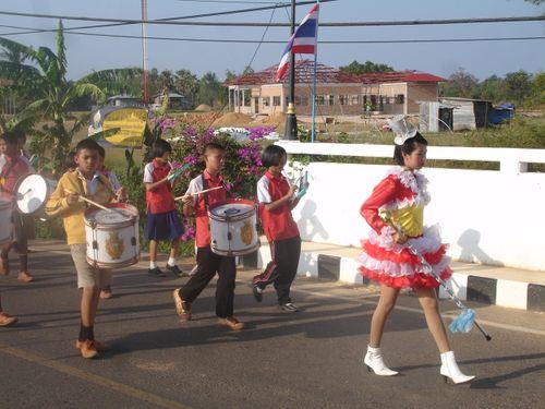 Thai drum majorette